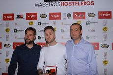 Miguel Ángel de la Cruz, Juan Carlos Jiménez y Alberto de la Cruz, del restaurante La Botica, premio al Mejor Restaurante.