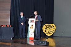 Eduardo Álvarez, director general de RTVCyL, da la bienvenida a los asistentes.