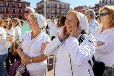 Concentración en favor del diálogo en Cataluña celebrada en la Plaza Mayor de Valladolid