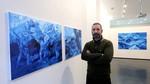 El artista brasileño Renato Costa reflexiona sobre la 'insostenibilidad del sistema' en 'Inkless. Desde el rincón de pensar' en la Galería Javier Silva