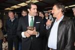 Su�rez-Qui�ones recibe la Patata de Bronce en la XI Feria de Chozas de Abajo