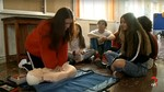 Los alumnos del primer curso de Medicina de la UVA comienzan un curso de soporte vital básico