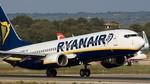Fomento dice que es legal que Ryanair cancele vuelos pero habrá sanciones si no atiende derechos de pasajeros