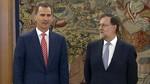 Rajoy acepta el encargo del Rey de intentar conseguir apoyos para la investidura