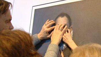 Por primera vez en el museo del Prado las obras no se miran, sino...
