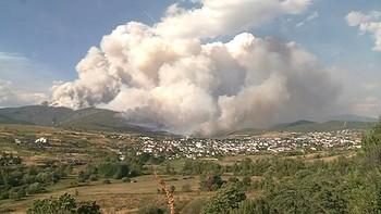 Los alcaldes afectados por el incendio de Fabero piden medidas urgentes a la Junta
