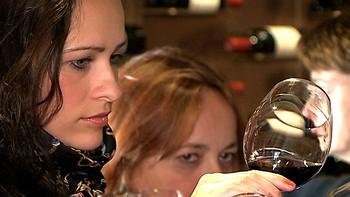 Potenciar las cualidades del vino como herramienta eficaz de marketing para los jóvenes