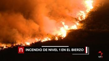 Permanece en nivel 1 un fuego en Peranzanes, León, en el que trabajan medios aéreos y terrestres