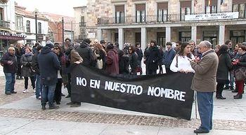 Manifestaciones con el lema 'No en nuestro nombre' y contra la guerra en Castilla y Le�n