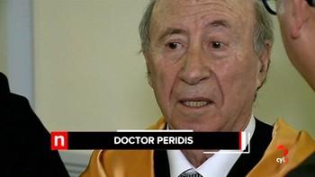 La Universidad de Valladolid inviste a Peridis doctor honoris causa por su 'tremenda tarea como emprendedor social'
