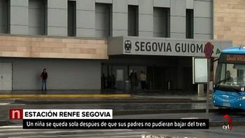 Un niña de 11 años se queda 'tirada y sola' en el andén de Segovia porque sus familiares no pudieron bajar del tren