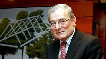 Manuel Azuaga asume la Presidencia de Unicaja Banco en sustituci�n de Braulio Medel