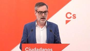 Cs pide a PSOE que retire la moción de censura y propone un 'candidato instrumental' que no sea ni Rivera ni Sánchez
