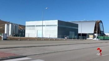 La nueva planta de Resinas Naturales de Almazán permitirá a la empresa soriana ampliar su plantilla