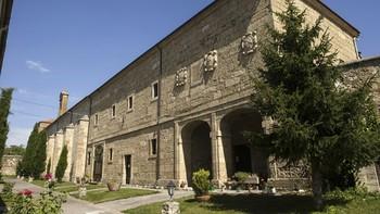 En busca de monjas para poblar el convento de Santa Clara de Ciud...