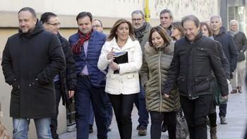Susana Díaz escenifica su cercanía con los dirigentes afines del PSOE de Castilla y León