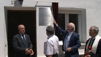 Efim Zelmanov inaugura en Pajares de Adaja, Ávila, una de las tres bibliotecas matemáticas privadas de España