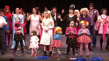 Las murgas ponen la nota 'picante' del carnaval de Zamora