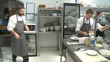 El chef vallisoletano Miguel �ngel de la Cruz, 'Mejor cocinero de Castilla y Le�n 2015'