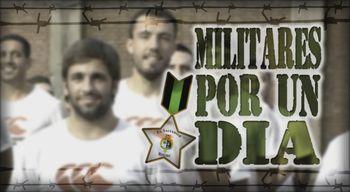 Los jugadores de El Salvador se ponen firmes