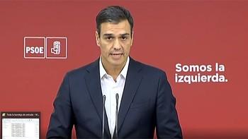 Sánchez considera insuficiente que Cifuentes renuncie al máster y pide su dimisión