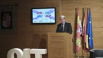 Herrera afirma que Castilla y León no puede perder el tren de la Economía 4.0 que traerá nuevas profesiones