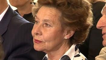 Rajoy reconoce la apuesta de la presidenta de Gull�n por la la empresa y el empleo