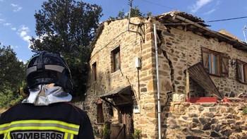 Un hombre sufre quemaduras graves tras una explosión en un domicilio de Rabanal del Camino, León