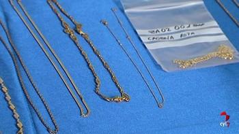 La policía Nacional de Zamora expone joyas robadas