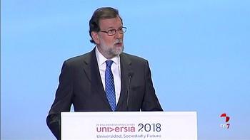 Rajoy compromete una mayor dotación de recursos para los alumnos que 'más se esfuercen'