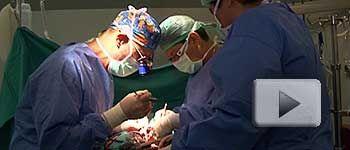 imagen corazon abierto mediante operacion quirurgica: