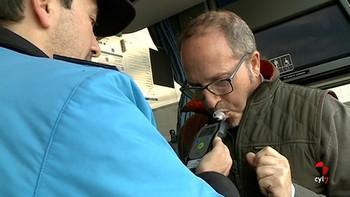 Investigado un camionero por conducir por Matalebreras, Soria, septuplicando la tasa de alcohol permitida