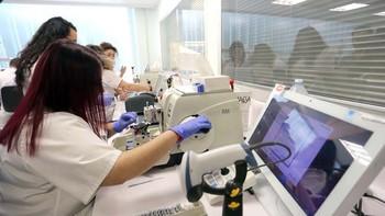 La Junta y Bankia ponen en marcha en el Clínico de Valladolid la primera FP Dual de España de Laboratorio Clínico y Anatomía Patológica
