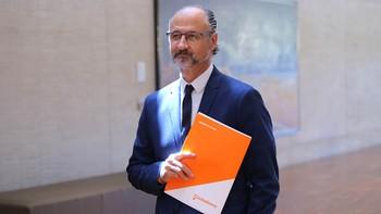 Fuentes advierte a Herrera de que 'ya no hay sitio para aislarse de los escándalos de corrupción'