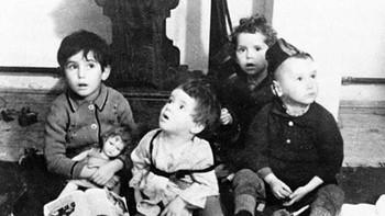 Segovia acoge la exposición 'No es un juego de niños-Niños del Holocausto'