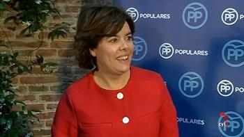 Santamaría empieza a hablar con 'barones' y cargos territoriales del PP para llegar al congreso con una lista única