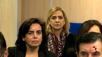 La Infanta Cristina refuerza su defensa para el juicio con cuatro abogados m�s