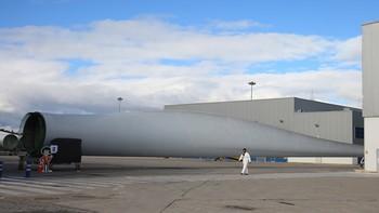 La planta de LM Wind Power en Ponferrada contratará a 180 trabajadores para abrir su tercera línea de producción