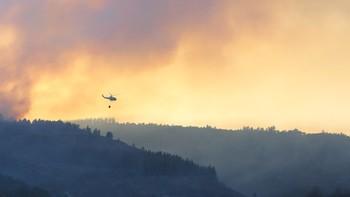 Extinguido el incendio forestal de Villar de Otero, en Vega de Espinareda