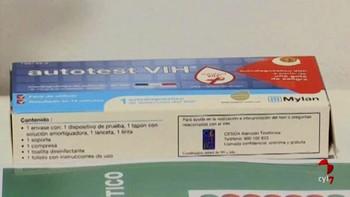 El primer test que permite autodiagnosticar el VIH ya está disponible en las farmacias