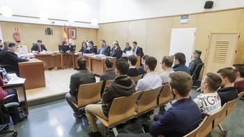 La Fiscalía solicita 30 años de cárcel para los 12 jóvenes arrestados por los disturbios de Gamonal, Burgos