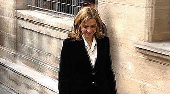 La Infanta Cristina tendr� que sentarse en el banquillo de los acusados