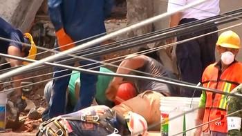 Las autoridades elevan a 238 el número de muertos a causa del terremoto en México