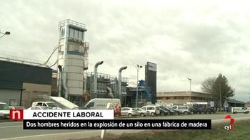 Dos heridos, uno de ellos grave, en la explosión de un silo en la fábrica de Kronospan, en Castañares, Burgos