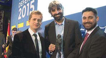 Un equipo de RTVCYL recibe el premio que anualmente concede el mi...