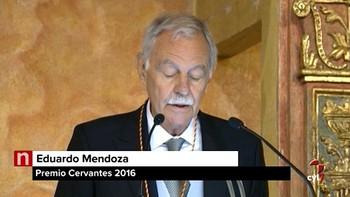 Eduardo Mendoza recibe el Premio Cervantes: 'Vivimos tiempos confusos e inciertos'