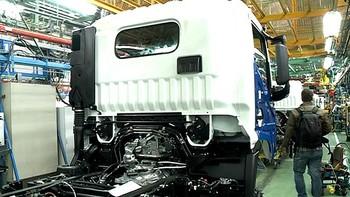 Los sindicatos de Nissan desconfían y piden propuestas concretas a la empresa