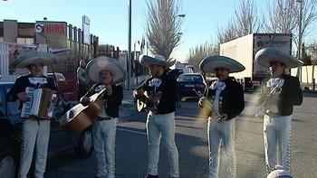 Bárcenas, recibido por mariachis en la Audiencia Nacional