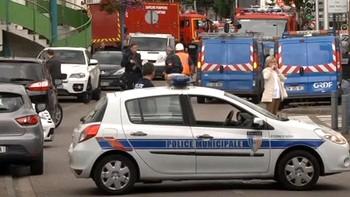El secuestro en una iglesia de Francia se salda con un reh�n muerto y los autores abatidos