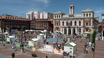 La Plaza Mayor de Valladolid, escaparate para conocer el deporte femenino